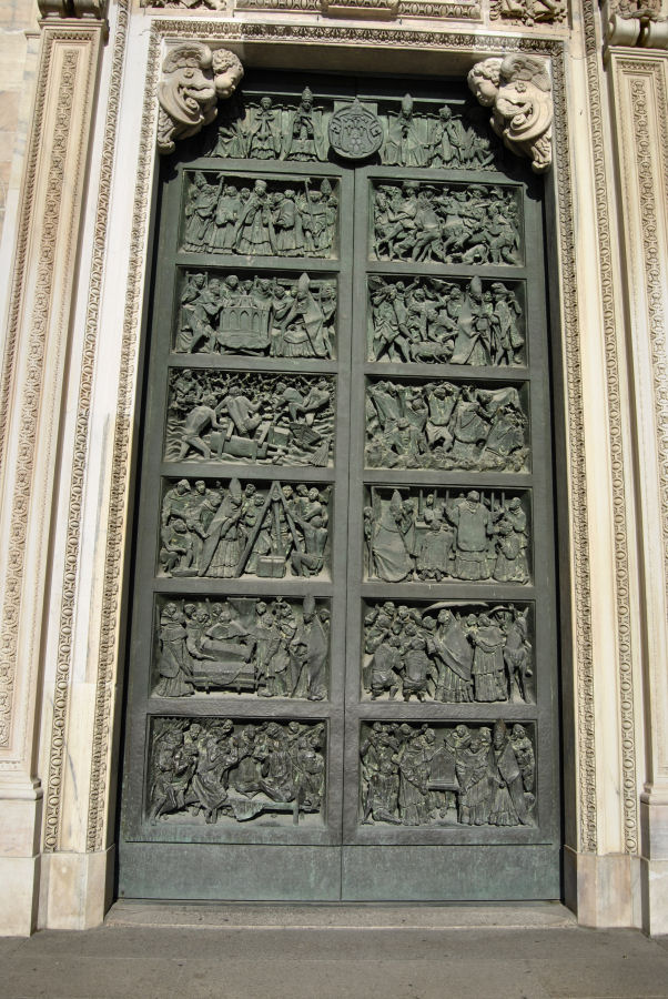 Duomo_di_Milano_6.jpg